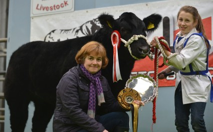 Champion Young Handler Catrina Killen with Ann Calwell Ulster Bank