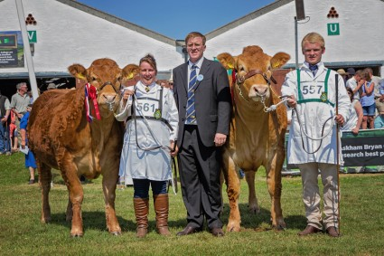 Foxhillfarm Gracie & Glenrock Fantastic pictured with Limousin Judge Bruce Goldie