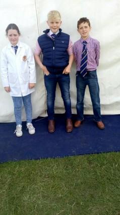 NI Limousin Young Breeders Serena Murphy, Andrew Hamill & Kile Diamond